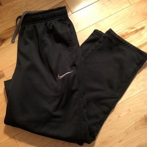 Nike ThermaFit fleece lined athletic pants